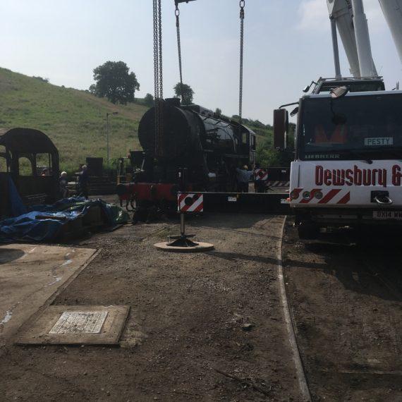 Liebher LTM 1090 - 4.1 - Lifting a steam engine in Stratford Upon Avon