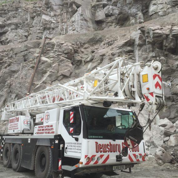 Our Liebherr LTM 1050-3.1 deep down in a quarry